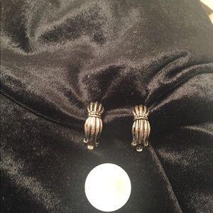 Vintage Silvertone Clip On Earrings